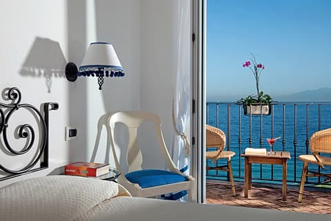 Seafront rooms with a view on Capri, Italy